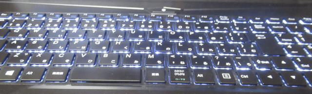 iiyamaのノートパソコンのキーボード