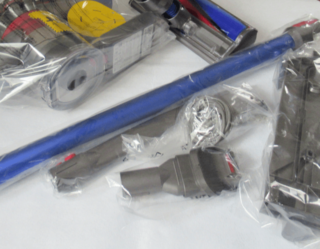 Dyson V7 サイクロン式 コードレス掃除機 SV11FFOLBのパーツ類