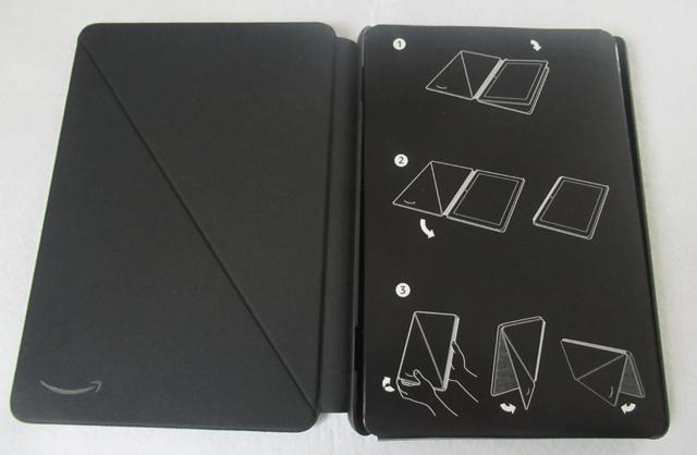 開いた状態のカバー (2020年発売 第10世代) チャコールブラック